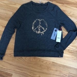 NWT! Gottex Athleisure Gray Top size S